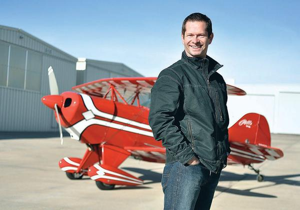 High-flying attorney keeps his feet far from the ground